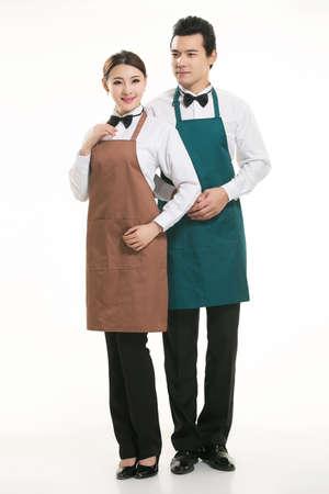 camarero: Use todo tipo de camarero delantal de pie en el fondo blanco