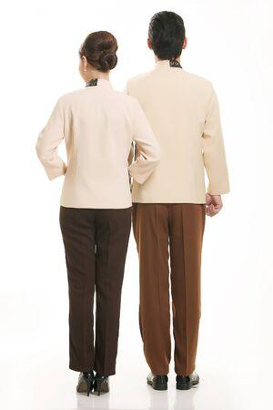 camarero: El uso de camarero ropa china en el fondo blanco