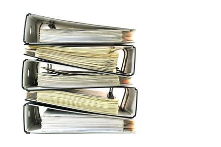 Stapel von Aktenordnern mit Dokumenten Standard-Bild