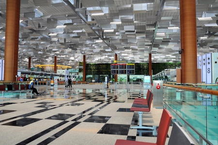 hightech: Changi Airport in Singapore - Terminal 3 Architecture