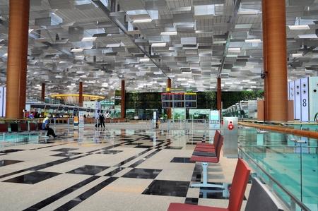 Changi Airport in Singapur - Terminal 3 Architektur Standard-Bild - 13160932