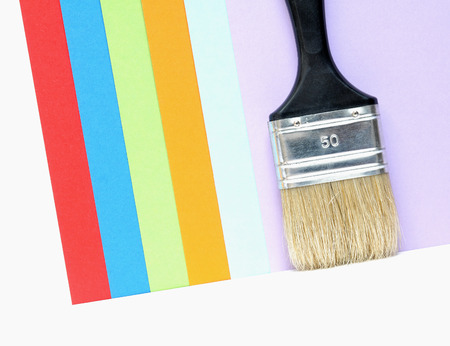 nuances: Black paintbrush in front of colored cards