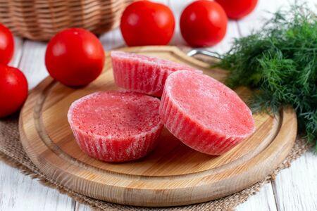 Frozen tomato puree, tomato juice, tomato paste, kitchen life hack