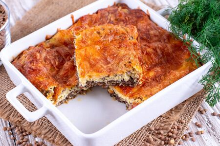 Gratin with lentils and cheese. Simple healthy food Imagens