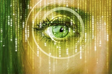 bin�rcode: Moderne Cyber-Frau mit Matrix Auge Konzept