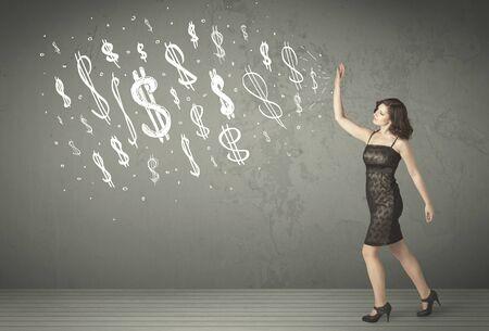 signos de pesos: Jóvenes empresarios con dibujado a mano signos de dólar concepto
