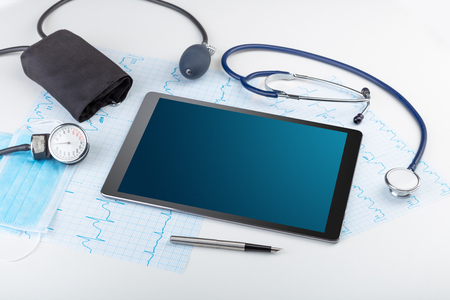 Medicine and modern technology concept with copyspace on tablet Imagens