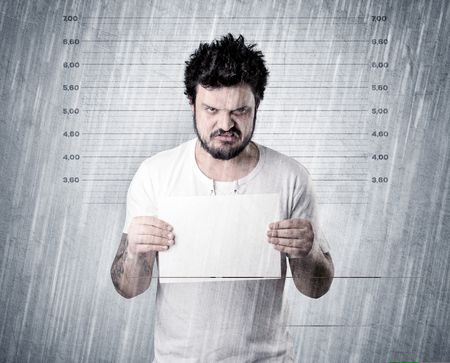 Caught gangster in jail Standard-Bild - 109825491