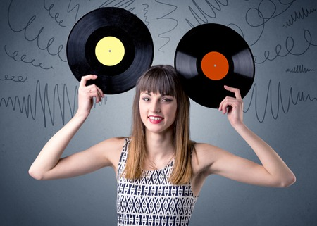 Lady holding vinyl record Banque d'images