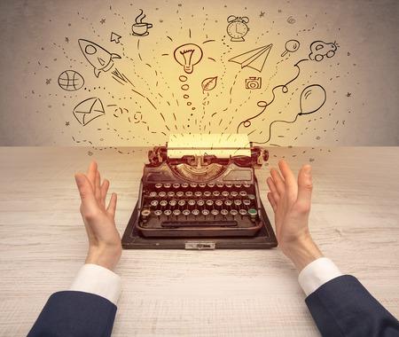 Vintage typewriter with doodles around 免版税图像
