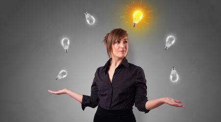 Jeune homme d'affaires jongle avec un nouveau concept d'idée Banque d'images