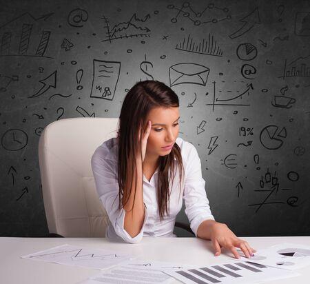Joven secretaria con concepto multitarea de doodle
