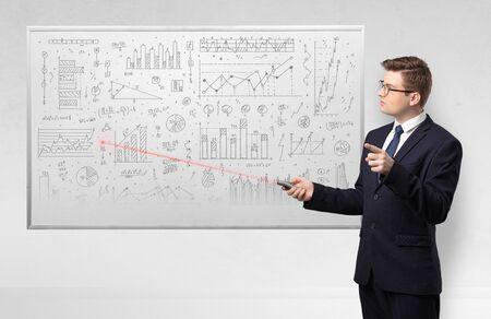 Profesor ze wskaźnikiem laserowym uczący geometrii Zdjęcie Seryjne
