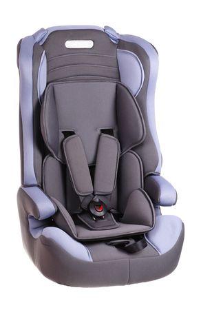 흰색 배경에 아기 자동차 좌석 스톡 콘텐츠
