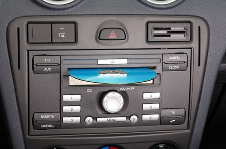 fm: Car stereo CD and FM radio.