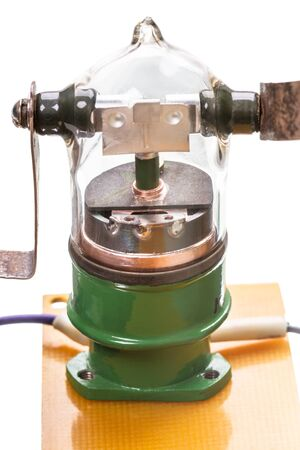 voltages: Vacuum switch - the equipment for switching high currents and voltages