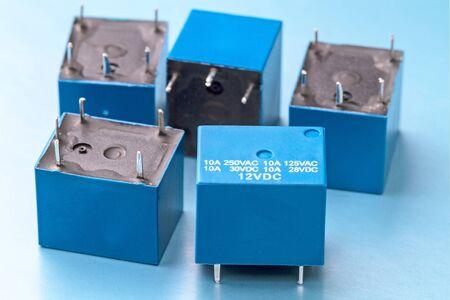 전압 12V 트리거가있는 봉인 된 전자기 릴레이