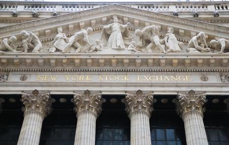 NEW YORK CITY - JAN 1: New York Stock Exchange w powiecie Manhattan Wall Street finansów podczas odzyskiwania w Stanach Zjednoczonych gospodarki, dnia 1 stycznia 2010 r. w Manhattan, Nowy Jork.
