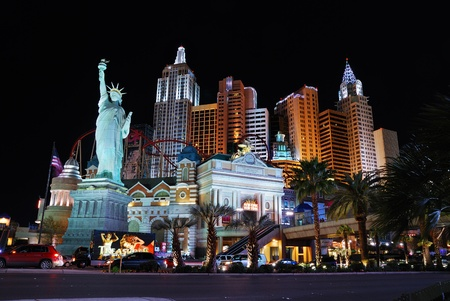 replica: LAS VEGAS - MAR 4: New York-New York hotel casino creating the impressive New York City skyline with skyscraper towers and Statue of Liberty replica on March 4, 2010 in Las Vegas, Nevada.