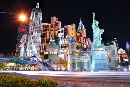 nevada: LAS VEGAS - MAR 4: New York-New York hotel casino creating the impressive New York City skyline with skyscraper towers and Statue of Liberty replica on March 4, 2010 in Las Vegas, Nevada.