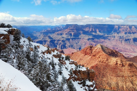 Grand Canyon panorama view in winter with snow and clear blue sky. Stock Photo - 8551053