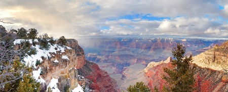 Grand Canyon panorama view in winter with snow and clear blue sky. Stock Photo - 8551258