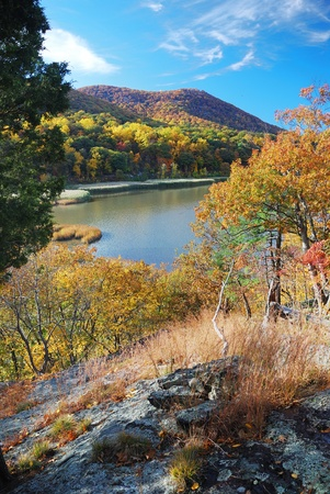Autumn Mountain with lake view and colorful foliage in forest. Stock Photo - 9480230