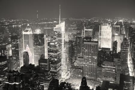 New York City Manhattan Times Square skyline van luchtfoto panorama zwart en wit met wolkenkrabbers en straat.
