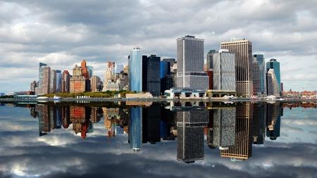 skyline nyc: New York City Manhattan horizonte de la ciudad con rascacielos sobre el r�o Hudson.