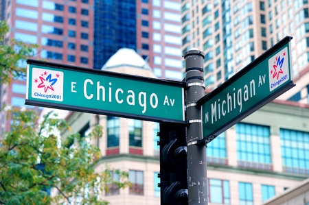 Street road sign at Chicago downtown  新聞圖片