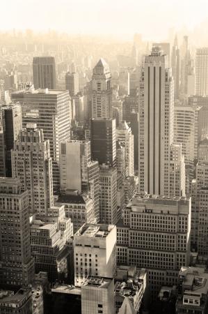검은 색과 뉴욕시 맨하탄에서 흰색 도시 건축. 스톡 콘텐츠