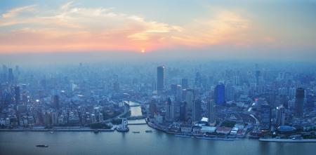 도시 건축과 일몰 상하이 공중보기 스톡 콘텐츠