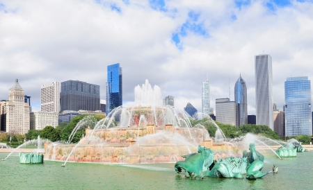 Chicago skyline panorama with skyscrapers and Buckingham fountain in Grant Park in the morning  photo