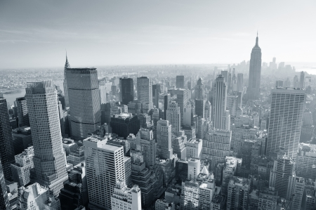 New York City skyline black and white in midtown Manhattan aerial panorama view in the day. Banco de Imagens