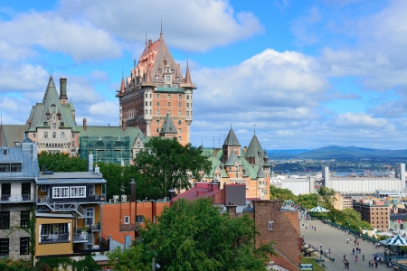 Quebec City cityscape panorama with cloud, blue sky and historical buildings. Stok Fotoğraf