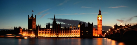 Big Ben and House of Parliament in London at dusk panorama