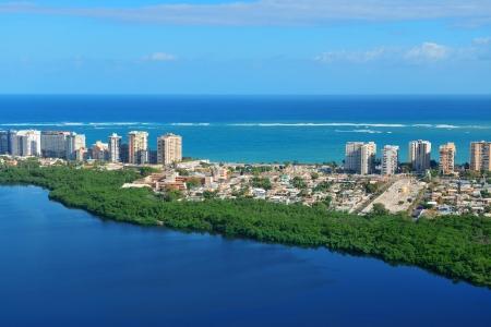 San Juan Luftbild mit blauem Himmel und Meer Puerto Rico