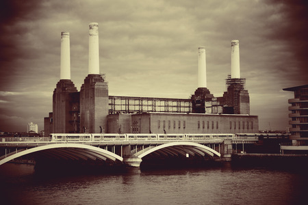 Battersea Power Station over Thames river as the famous London landmark. Stock Photo - 29397580