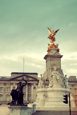 buckingham palace: Buckingham Palace and statue in the morning in London.