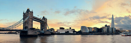 london tower bridge: Tower Bridge panorama over Thames River in London