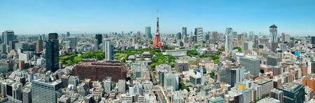 東京タワー、都市スカイライン屋上ビュー、日本。