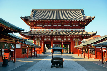 templo: Templo de Sensoji en Tokio Jap�n. Foto de archivo