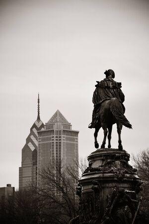 george washington statue: George Washington statue and Philadelphia city architecture