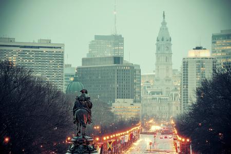 george washington: Estatua de George Washington O y calle en Filadelfia