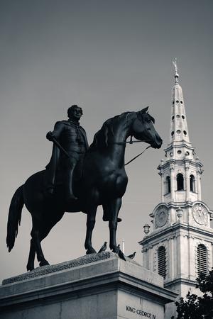 martin: St Martin in the Field church in Trafalgar Square in London with statue