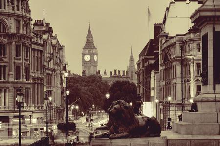 bw: Street view of Trafalgar Square at night in London in BW