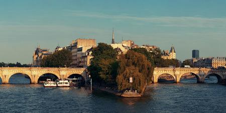 ile de la cite: River Seine and historical architecture in ile de la cite in Paris, France. Stock Photo