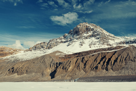 rocky mountain national park: Columbia Icefield with snow covered mountains in Banff Jasper National Park, Canada.