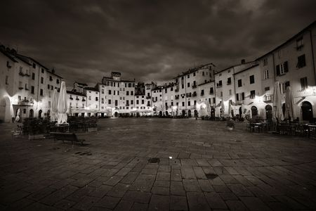 Piazza dell Anfiteatro in Lucca Italy night view 写真素材