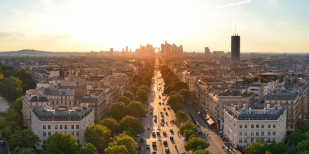 Paris sunset rooftop view of the city skyline with la Defense business district in France. Banque d'images